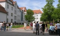 Studenten in der Pause am Campus Eisenach