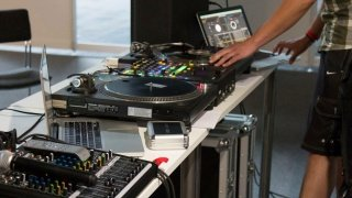 DJ-Pult bei der Hip Hop Convention