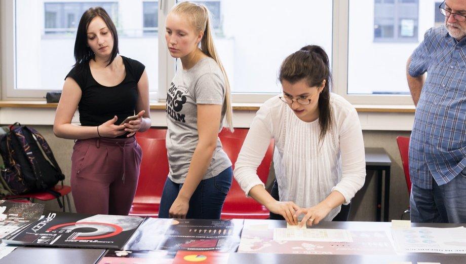 Design akademie berlin 60 bewertungen zum studium - Design akademie berlin ...